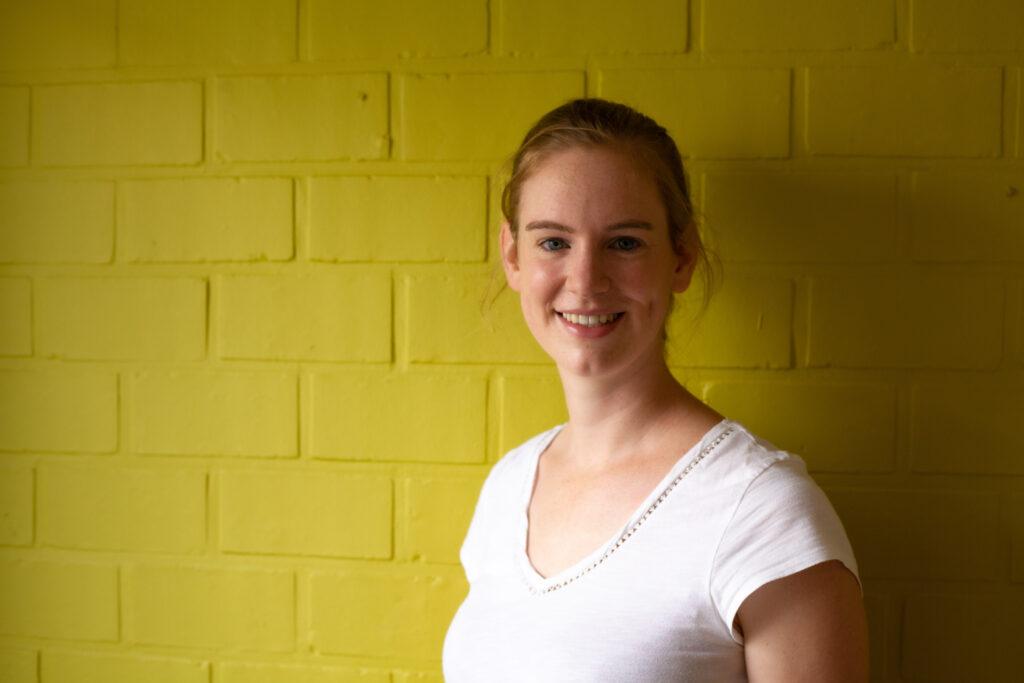 Laura Van Hoecke1